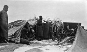Посада топа 75 мм Шнајдер-Кане М1907
