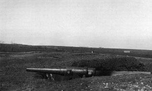 Турски спорометни пољски топови у фору Шејтан-Торлу
