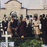 Јовановић Темељко одаје пошту палима (фото доставио Тома Јовановић)