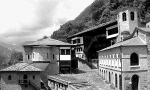 Манастир Св. Јован Бигорски, у долини Радике, западна Македонија.
