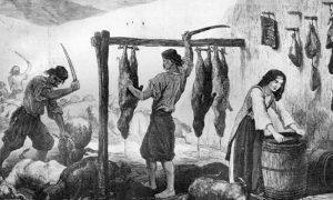 Припремање кастрадине (сувог меса) у Црној Гори. Слика Валерија Теодора. Преузето са www.montenegrina.net