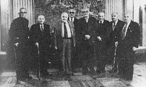 Градоначелник Београда Богдан Богдановић са преживелим браниоцима Београда 1982. године